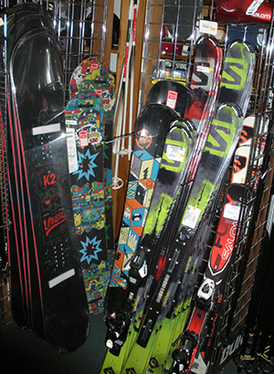 snowboards-skis-youth